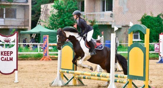 занятия по конному спорту в спб